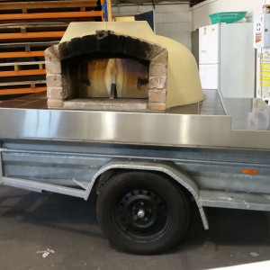 wood_fired_pizza_trailer_sub_hire_non-branded_trailer
