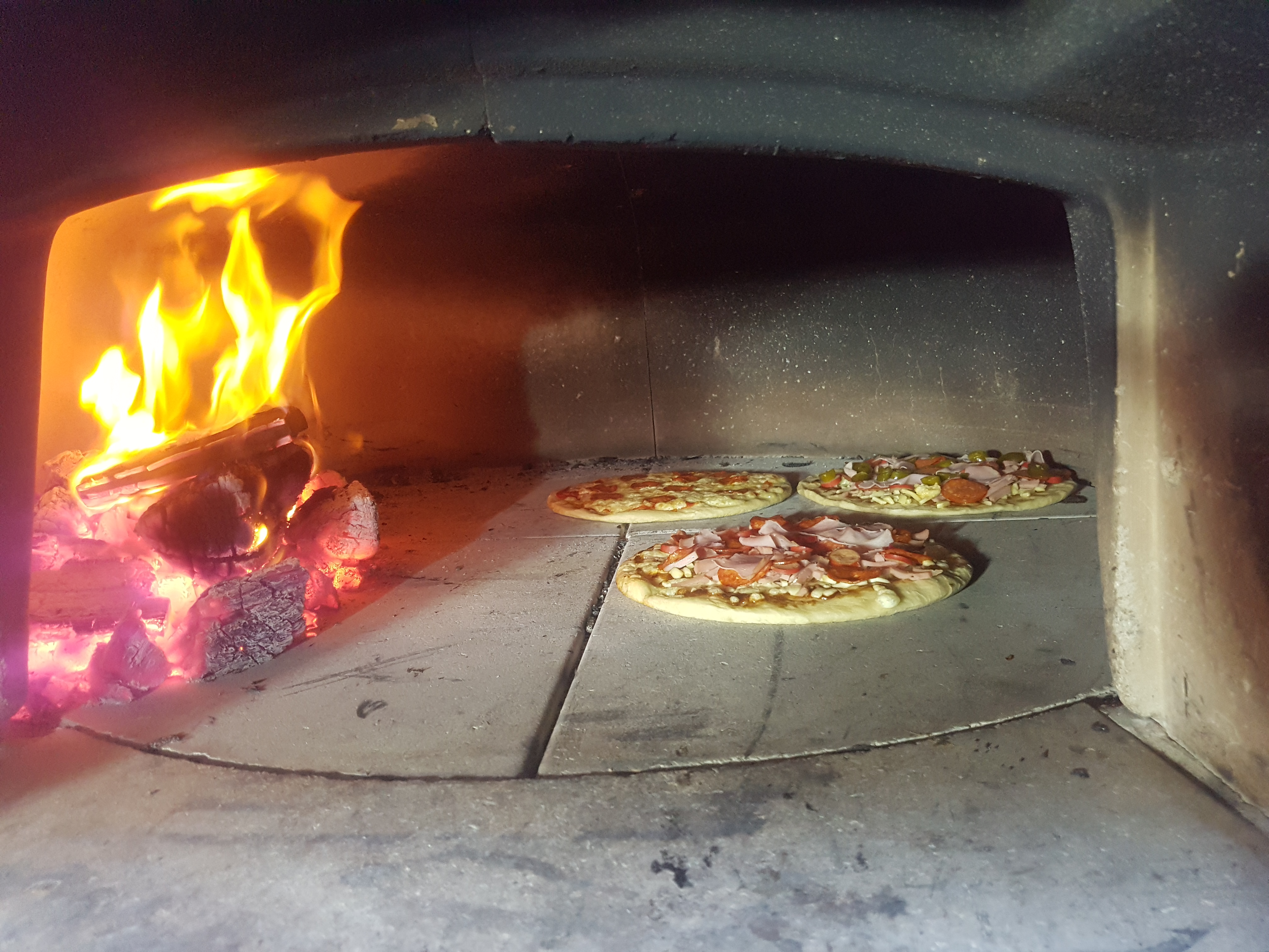 Wood Fired Pizza Oven Hire Sydney